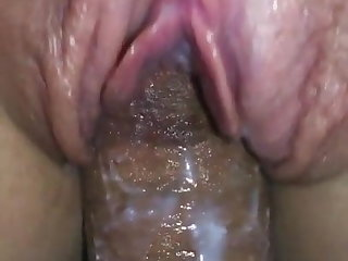 Cock-squeezing cream-colored pussy